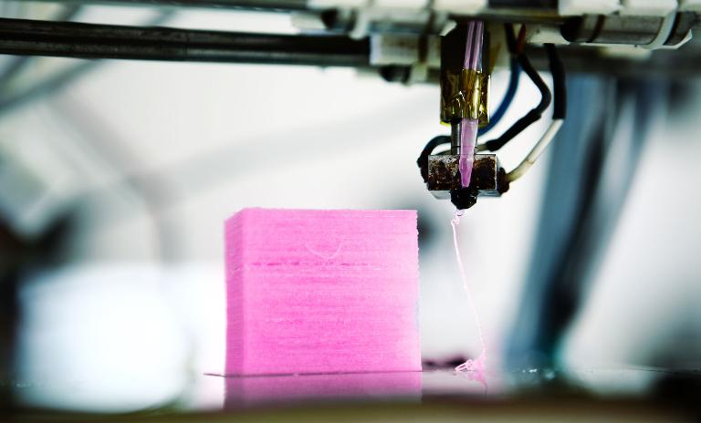 3D printers for metal components cost between 400 and 1.5 million euros.