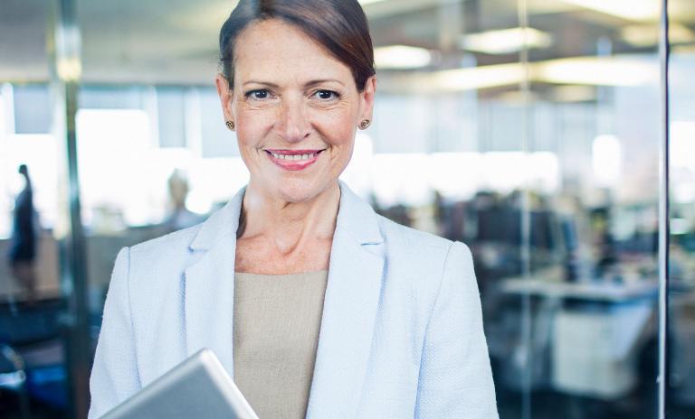 Mit neuen Technologien entstehen neue Führungsmodelle – Frauen sollten hier eine zentrale Rolle einnehmen.