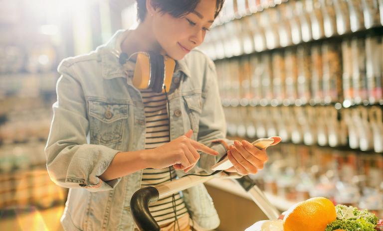 Millennials sind treue Kunden, wenn Einkaufskomfort und Online-Angebot stimmen.