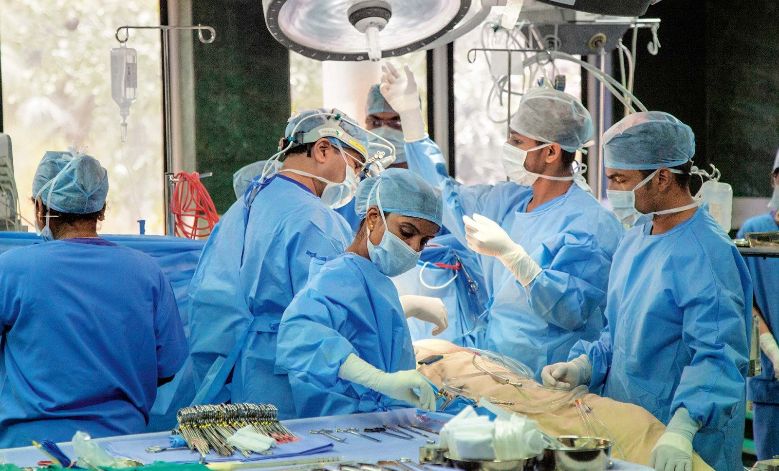 Smart Surgery And Low Cost Health Care In India Roland Berger