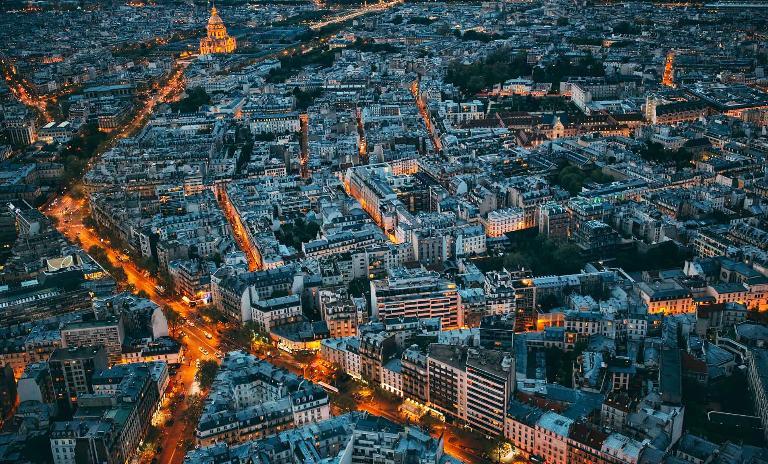 Enabling smarter cities — Roland Berger