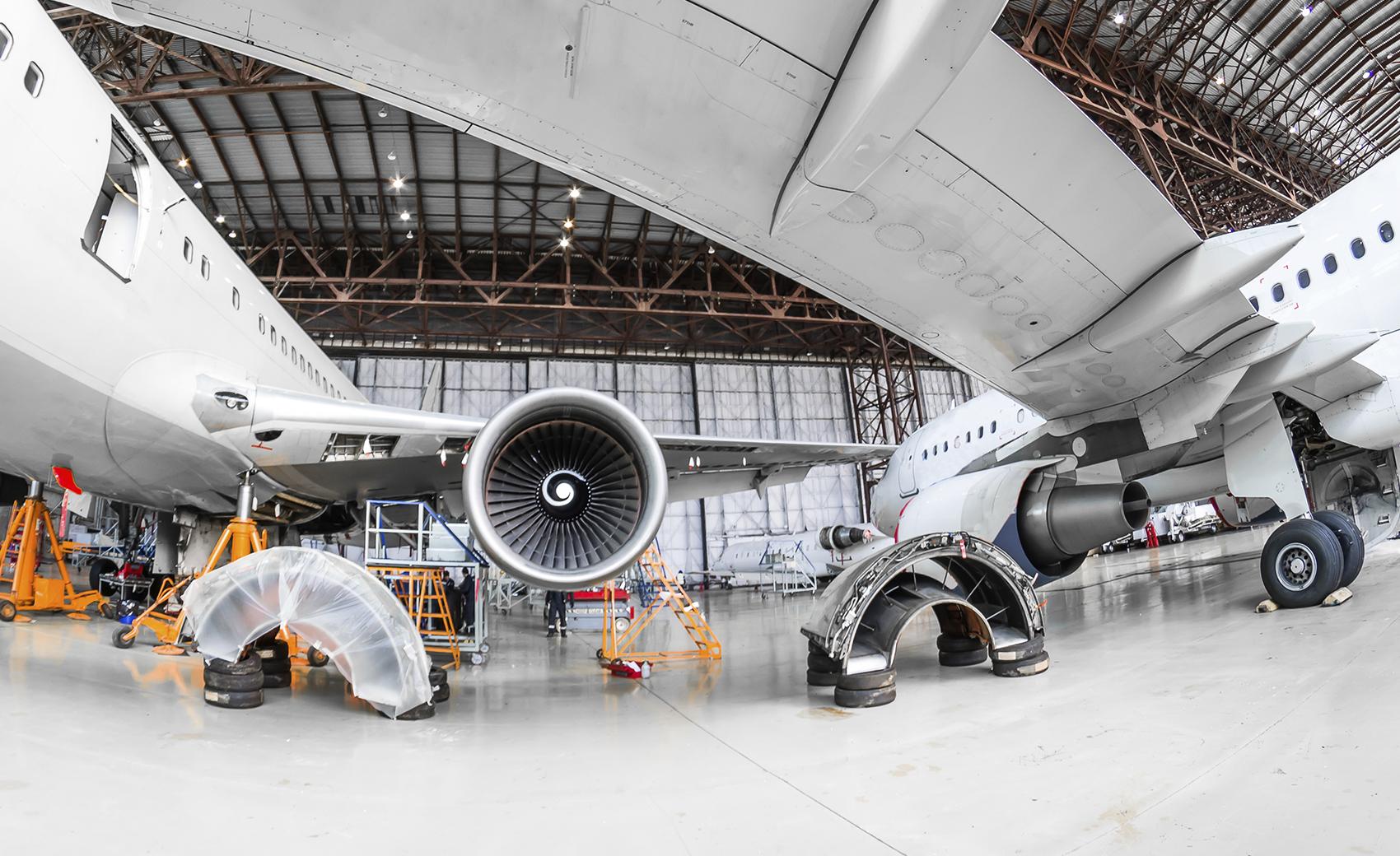 Turbulent times in Aerospace MRO   Roland Berger